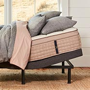 DreamCloud Adjustable bed frame with mattress
