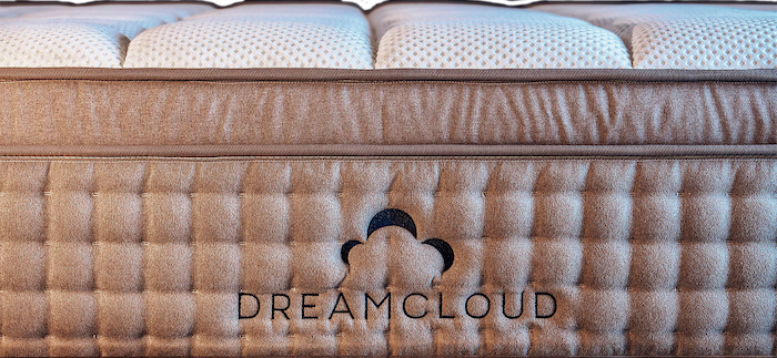 DreamCloud Plush Life